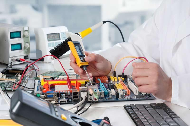 """Ngành Kỹ thuật Cơ - điện tử: Ngành """"hot"""" hiện tại và cả tương lai"""
