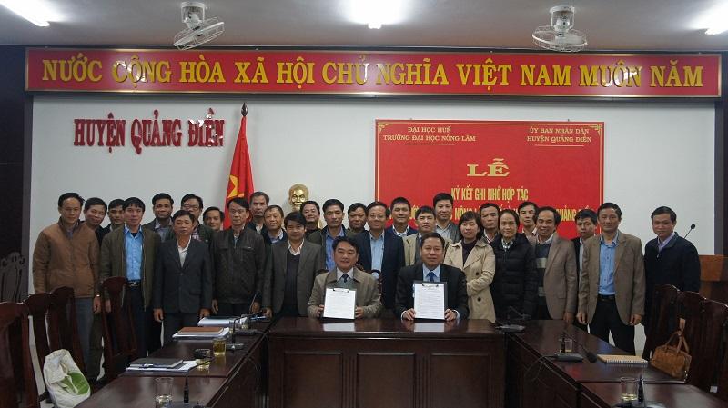 Ký kết biên bản ghi nhớ hợp tác giữa trường ĐHNL và huyện Quảng Điền